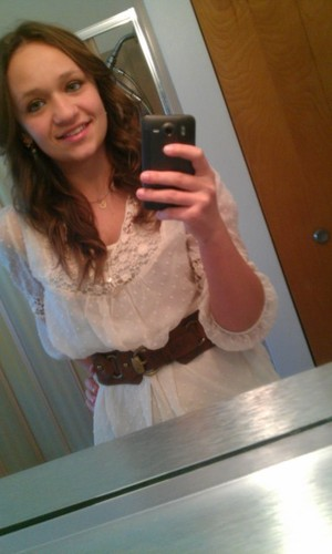 Thanksgiving hair, make up, and clothes(: