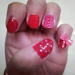 fun and easy vday nails :)