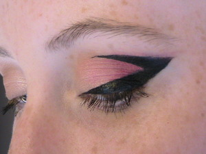Just experimenting with some eyeliner today with my friend Victoria!
