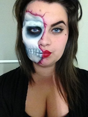 I'm just to excited for Halloween ! I did this makeup without using any special effect things, but if I'll do this makeup for Halloween I will deffinetly use some blood and latex and stuff! But this was fun and I think it looked okay :P