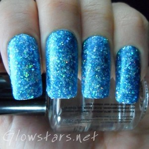 A total glit-tah bomb! To find out how to achieve this look visit http://glowstars.net/lacquer-obsession/2012/09/the-digital-dozen-does-blues-glit-tah-bomb