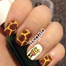 Giraffe! Nail Art.