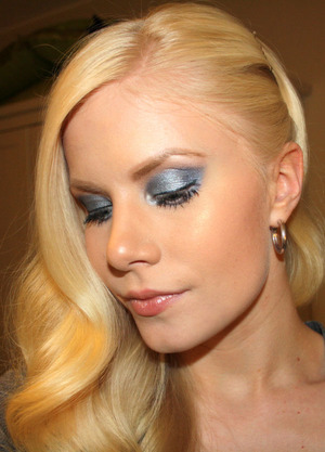 July 15th: How do we feel about blue eyeshadow? Please let me know what you think!