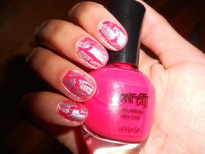 Pink and Silver Crackle http://superbeautyguru.hostei.com