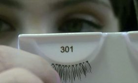 How to apply false lashes! Easy!