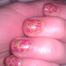 Green and pink crackle nails