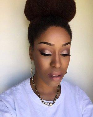 #elfcosmetics #nyccosmetics #nyxcosmetics #morphebrushes #realtechniques #mua #houstonmua #dallasmua #maccosmetics #wetnwild #maybelline #bhcosmetics #simpleskincare #makeup #makeupartist #undiscovered_muas #kinky_chicks1 #teamnatural_ #benaturallychic #beauty #highlight #contour #myhaircrush #naturallyshesdope #naturalhairchat #naturalhair #bun #hairbun #simple #whitetee #pinklips #eyebrows #eyeshadow #hair