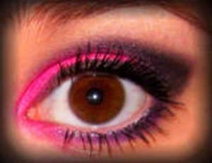 EOTD- Edgy Hot Pink Smoky Eye