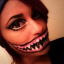 Facepaint: evil teeth