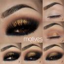Smokey Eye in bronze tones