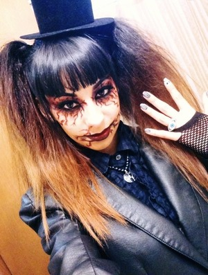 Goth chick look