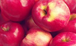 DIY Apple Beauty Recipes