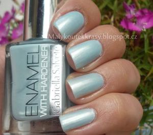 http://malykoutekkrasy.blogspot.cz/2013/08/gabriella-salvete-enamel-with-hardener.html