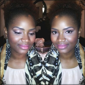 A very natural/neutral subtle smokey eye w/ a pinky toned lip. Great for everyday...<3