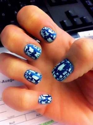 cracking nails aller eisschollen auf dem ozean ;)