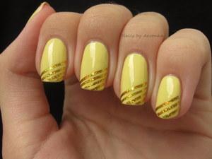 http://arvonka-nails.blogspot.sk/2012/08/zlate-pasiky.html