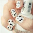 Divergent crow nails