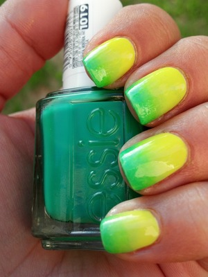Green and Yellow Gradient Nails