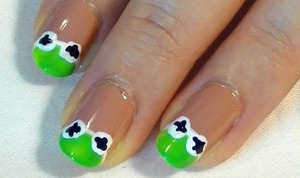 Kermit The Frog is one of my favourite muppet critters. I have done a tutorial to go with this picture too, it is on my beautylish profile, or just copy pasta http://www.youtube.com/watch?v=I2t6wq7rqaU into your browser. Any feedback is appreciated! xx