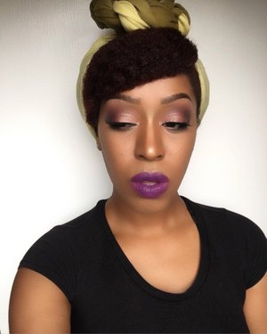 Modern Momma💁🏾 @simpleskincare moisturizing lotion, @bhcosmetics 5th edition 120 eyeshadow palette, @wetnwildbeauty cream eyeliner, and duo black and brown eyeliner pencil. @maybelline Fit Foundation 332&335, @maccosmetics blush in raizin and lip pencil in Cork, lipstick @maybelline  Vivid Matte Liquid in Possessed Plum and Vivid Violet @essence_cosmetics eyebrow pencil in brown, @bhcosmetics 6 contour palette.  Recreate and tag me @harjessi 💋💋💋 #mua #houstonmua #dallasmua #makeupaddict #natural #glitter #lotd #yanicareproducts #cantu #purple #makeup #contour #mattelipstick #maybelline #myhaircrush #maccosmetics #essencecosmetics #makeupartist #teamnatural_  #naturallyshesdope #naturalhair #naturalrootsista #kinky_chicks1 #returnofthecurls2 #benaturallychic #beat #slay #photography #formation