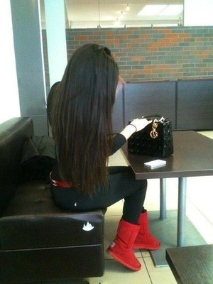 Long and straight hair <3