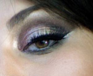Using signature makeup techniques of MUA Risa Robins-Maloney