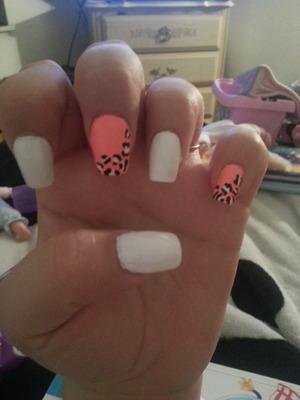 My nails :)) pink, white, && cheetah!