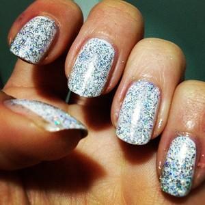 http://shveppes.tumblr.com/post/19405445959/glitter-nails