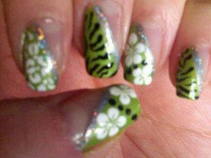green mulit-patterned