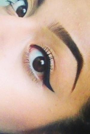 Wet and wild eyeliner . Follow me on Instagram @sussasotelo