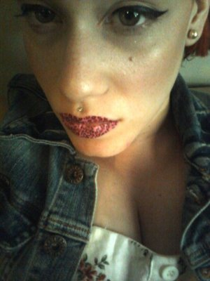 'Violent Lips' temp. lip tattoos in Pink Leopard!