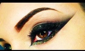Sexy Black & Gold Cat Eye with Glitter - Make Up using MakeUpGeek & Lit Cosmetics (Arabic Style)