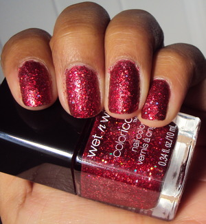 Wet n Wild Rockin' Rubies from the Ice Baby limited edition collection You can never go wrong with red and glitter.