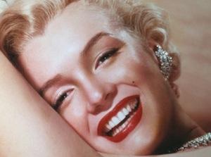 Marilyn Monroe - Iconic Make-up Look Video - By Lisa Eldridge  http://www.lisaeldridge.com/video/21757/marilyn-monroe-iconic-make-up-look Much Love Claire xoxo