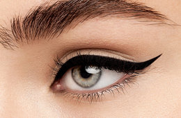 Beauty Basics: How to Do Winged Eyeliner