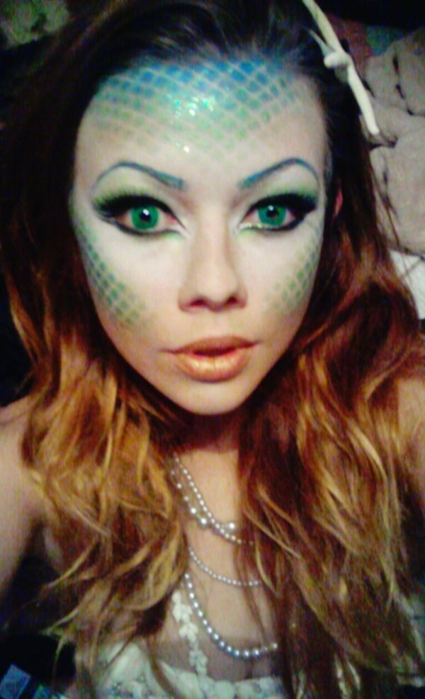 Body Shampoo: Halloween Mermaid Makeup