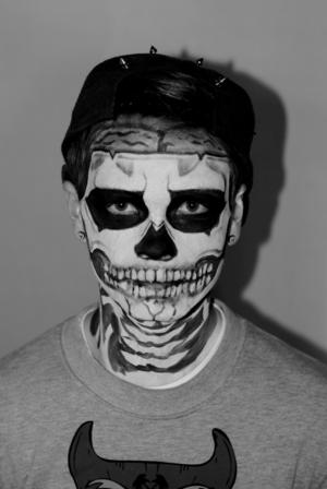 One last Halloween look, inspired by Rick Genest.
