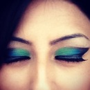 Green and blue eyes party look