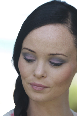http://claire-schultz.com/how-to/how-to-easter-inspired-look-using-pastel-colours/