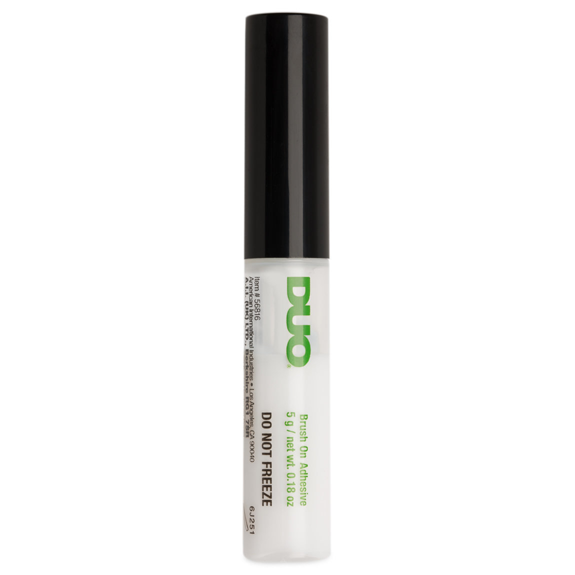 DUO Brush-on Adhesive With Vitamins Clear product swatch.