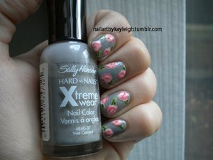 Sally Hansen Xtreme Wear in Wet Cement I forget which other colours I used, forgot to write them down!