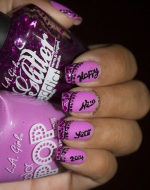 Find more information on the blog: http://www.bellezzabee.com/2014/01/new-year-2014-nail-art.html