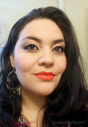 Urban Decay 24/7 Glide-on Eye Pencil in Perversion and MAC Matte lipstick in So Chaud