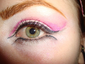 Just pink eye makeup with a slightly more interesting liquid liner approach.