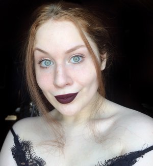 Vampy sophistication screams OO LA LA! http://www.thaeyeballqueen.com/makeuplooks/colourpop-vampy-makeup/