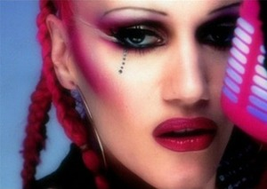 To me gwen has never look any more beautiful then what she did in this video