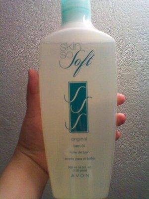 skin so soft- original 16oz bath oil $10 obo