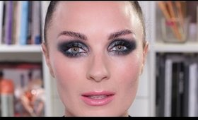 Smoky Eye Make up with a Pop of Colour