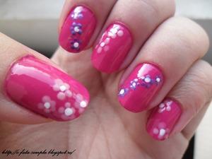 More pics on my blog http://o-fata-simpla.blogspot.ro/2013/03/spring-nails.html