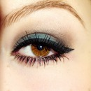Blue smokey eye
